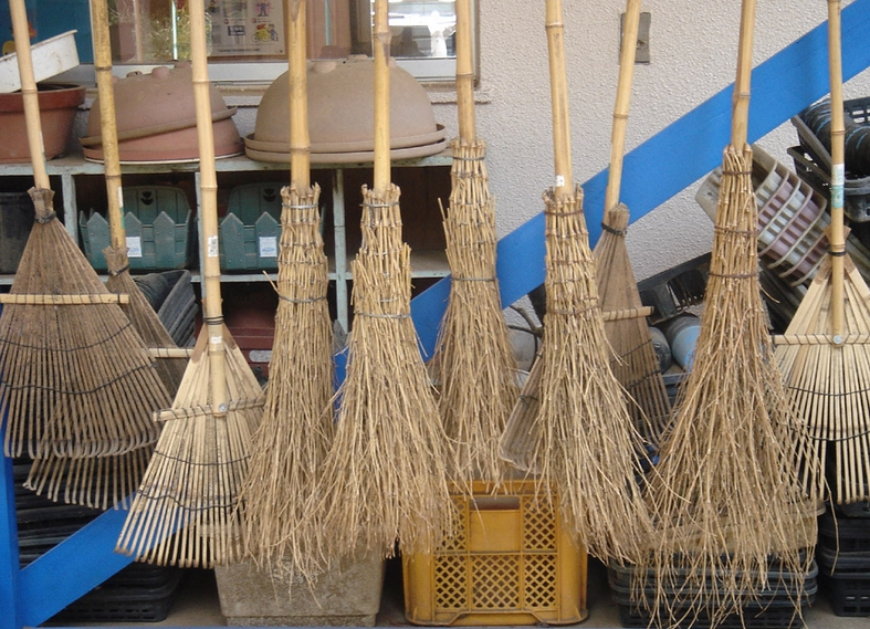 Best Outdoor Brooms Black Friday Sale